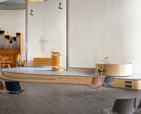 organisch podium kerkcentrum de nieuwe stad, linoleum
